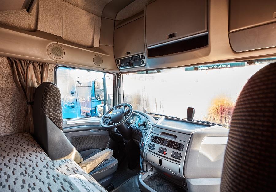 Zelf Magnetron Inbouwen.Magnetron Inbouwen In Vrachtwagen Daf Nederland